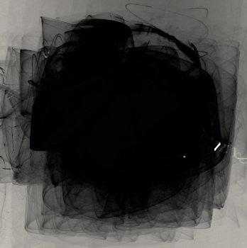 black_4872_m