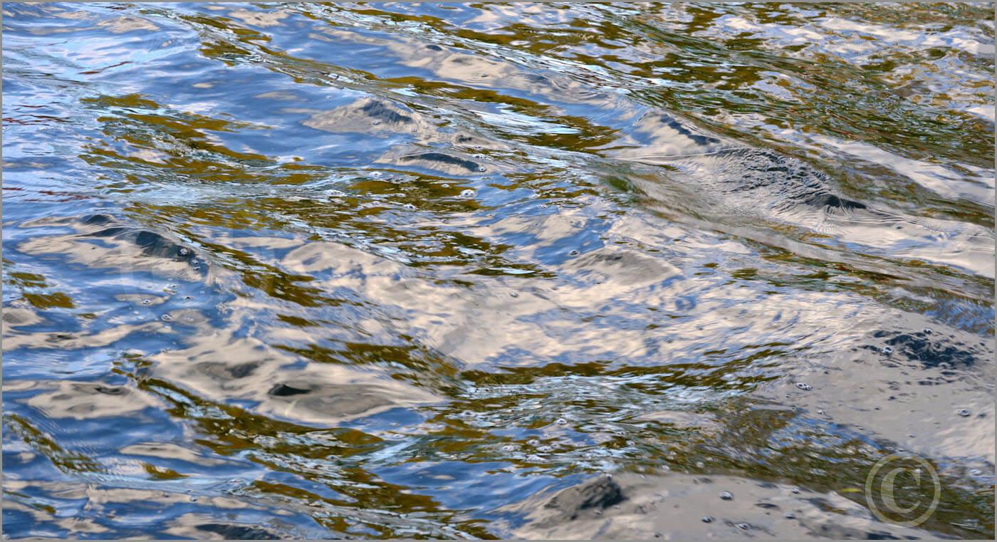 Water_F4393_XL