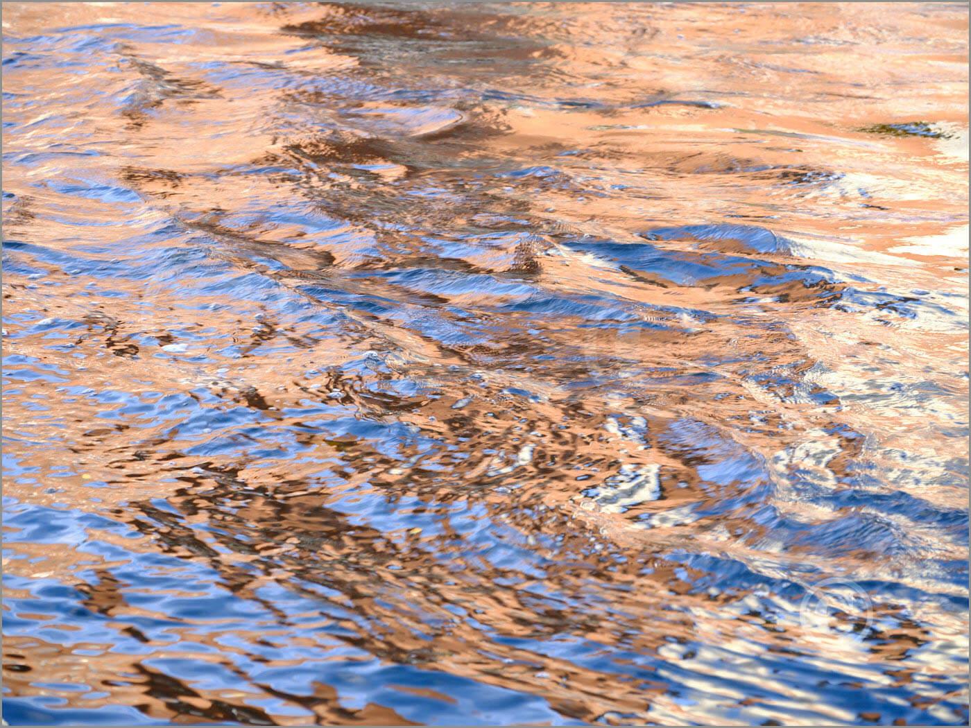 Water_F4558_XL